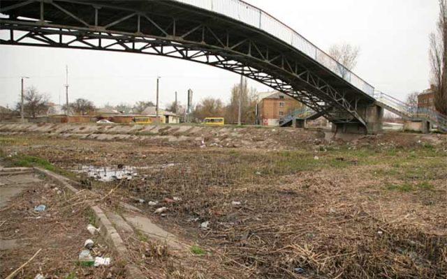 У Кропивницькому почали очищення річки